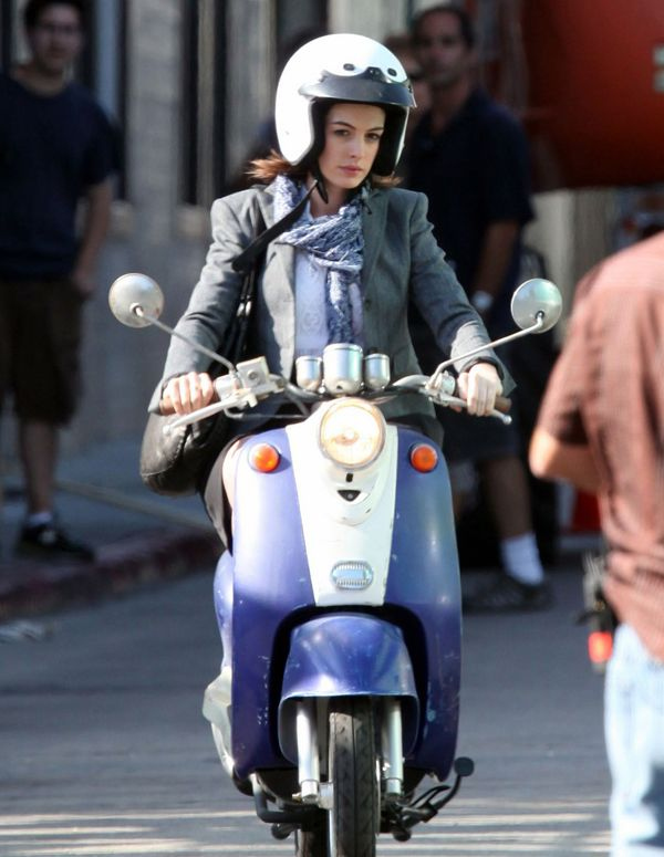 Anne Hathaway Scooter Chick Look