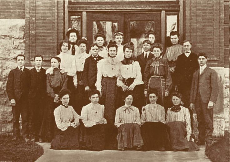 Independence High School, Independence, Missouri School Students 1904