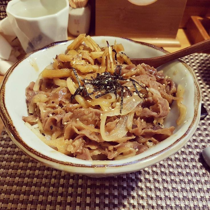 Classic Beef Rice Bowl @千艾 #shanghai #sushi #bar #foodphotography #kanzaichi https://www.instagram.com/p/BS3WZ_vDGdI/