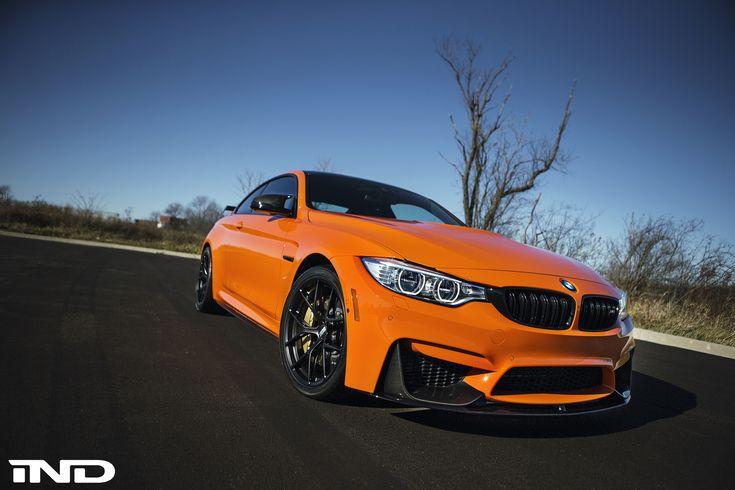 La BMW F82 M4 rivista dalla famosa Fire Orange di Chicago. Una selvaggia tutta arancione.