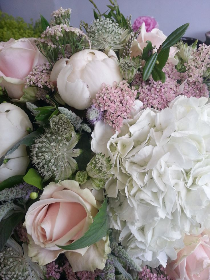 Achillia, Astrantia, Hydrangea, Sweet Avalanche roses and Mint