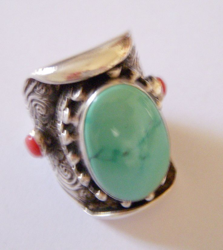Hippy chic Turquoise and Coral ring. Heavy work in 925% Silver