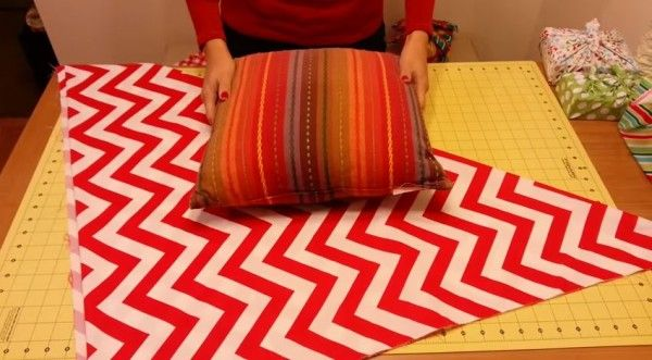 This No Sew Pillow Makeover Will Have You Updating Your Pillows In No Time! | How Does She