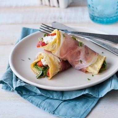 Ομελέτα-wrap με προσούτο και τυρί κρέμα μόνο 255 θερμίδες η μερίδα
