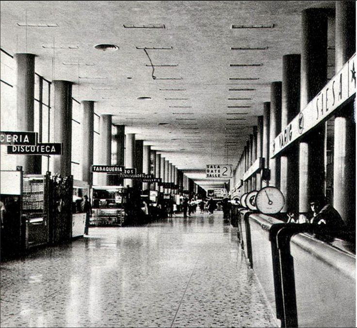 Mexico City International Airport, 1960s ✨✨ #TheCrazyCities #crazyMexicoCity