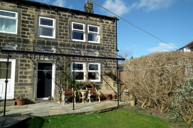 2 bed end terrace house to rent in Back Lane, Guiseley, Leeds