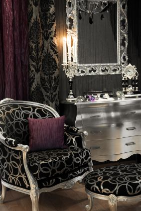 Possibilty: White Gardens, Hollywood Glamour, Chairs, Black White, Dressers, Colors Schemes, Master Bedrooms, Art Deco, Bedrooms Ideas