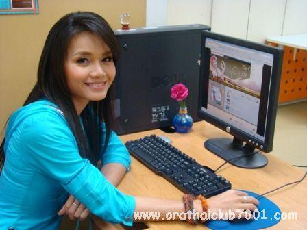 Happy Birthday Tai Orathai http://ricks-eastasiablog.typepad.com/ricks_east_asia_blog/2010/03/happy-30th-birthday-tai-orathai.html