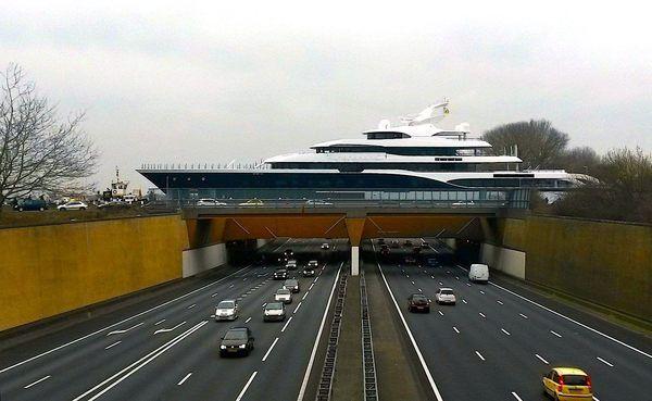 The Gouwe Aqueduct Yacht Yacht Netherlands Super Yachts