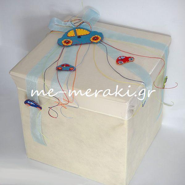 Στολισμός λαμπάδας βάπτισης από τσόχα Μπομπονιέρες βάπτισης χειροποίητες τσόχα αυτοκίνητο | Μπομπονιέρες Γάμου | Μπομπονιέρες Βάπτισης Κουτί-σκαμπό για τα βαπτιστικά. http://me-meraki.gr/