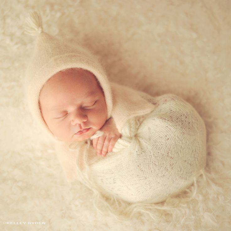 Wrapped newborn omaha ne newborn photography