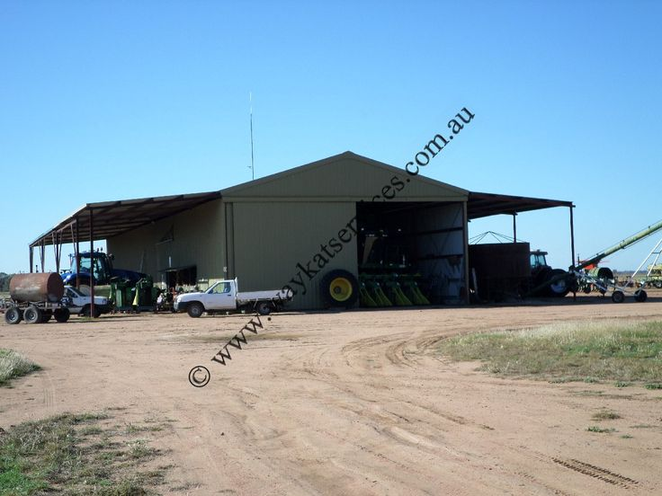 This was a challenge we were asked to come up with a solution to provide Telstra NextG voice and data services in a 18M sq tin tractor workshop in far outback North Western NSW, the problem was that the Telstra NextG Cel-Fi RS/2 repeaters do not like reflection that is caused by steel and tin so a solution had to be found.