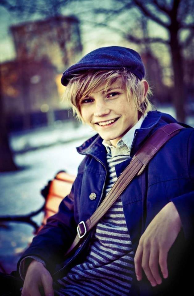 ulrik munther-international:  young Sweden talent