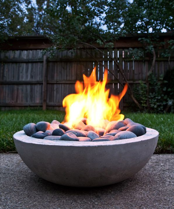 How to: Make a DIY Modern Concrete Fire Pit from Scratch | Dudepins - The Site for Men & Manly Interests