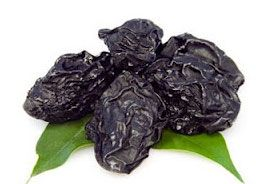 Prunes are dehydrated plums, known to control the digestive system of the body and ease constipation troubles. This dry fruit enhances gastro-intestinal health and maintaining usual levels to warding off osteoporosis. The kind amount of potassium in prune may help inferior high blood pressure. The levels of antioxidants within this fruit are high.  Prunes are wealthy in is magnesium promoting recreation, relieving muscle soreness, ease symptoms of asthma and even migraine headaches.