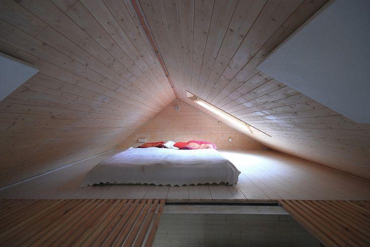 Houseboat / Mjölk Architekti