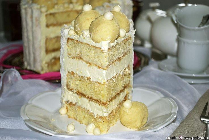 Tort na biało