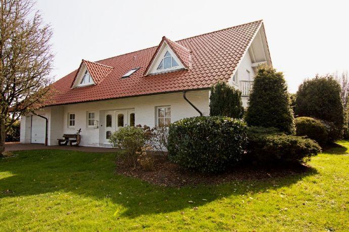 Schickes Haus Modern Und Gleichzeitig Gemutlich Einfamilienhaus Wiesmoor 2u5t64l In 2020 Schicke Hauser Haus Einfamilienhaus Kaufen