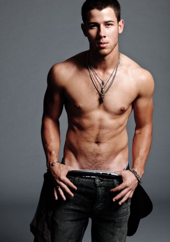 Oh yes! Nick Jonas, you are of legal age now and deserve to be pinned.