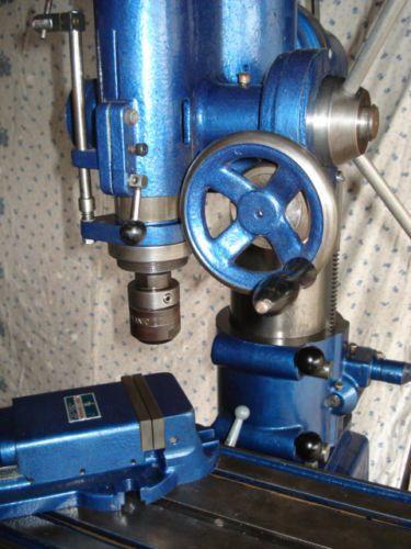 Vertical-Milling-Machine