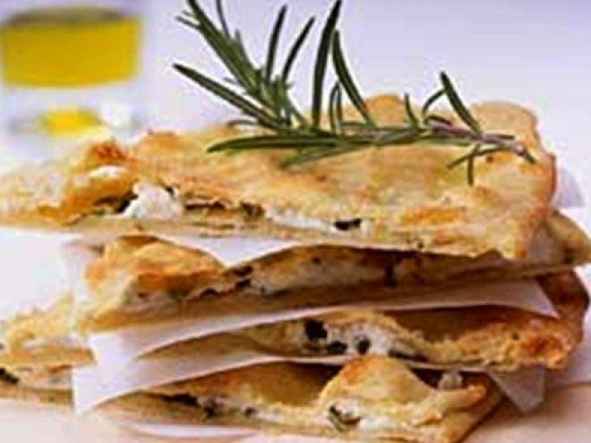 Receta Aperitivo : Pan ácimo italiano con queso y hierbas por Javier zgz