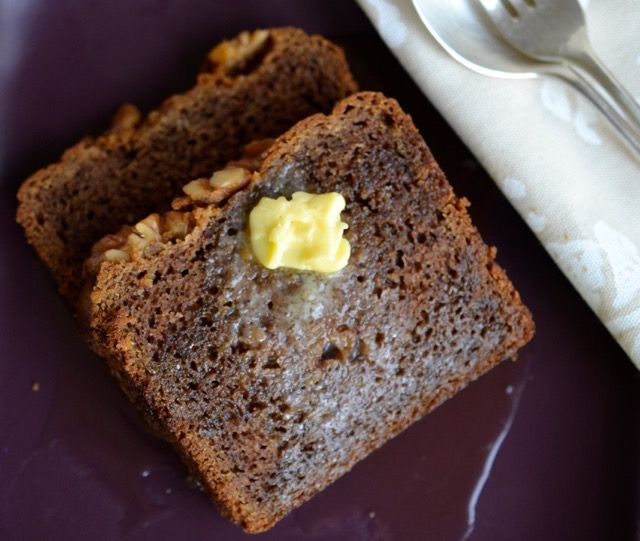 gluten free banana bread with maple syrup and butter #glutenfree #gfrecipes