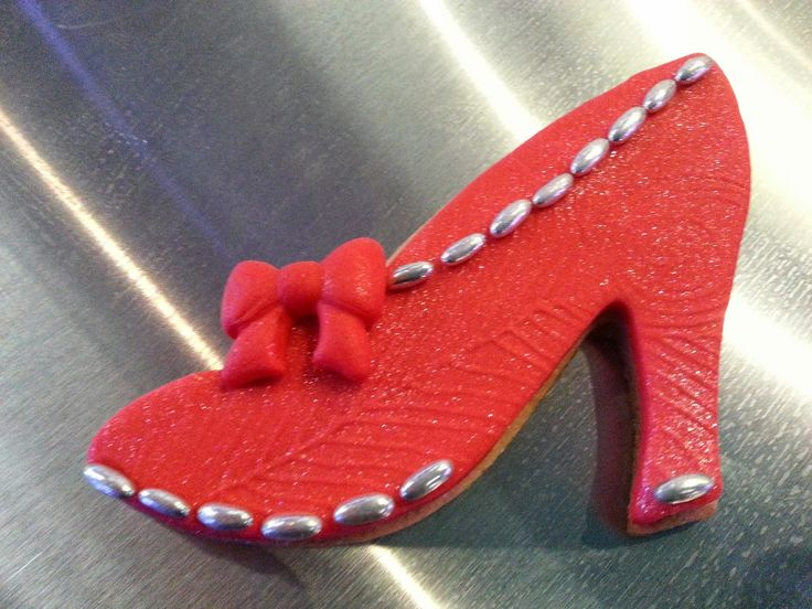 High heel shoe or stiletto cookie, made with fondant
