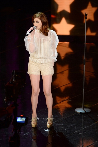 "Sanremo 2013, Annalisa Scarrone: stampa divisa ma ""Scintille"" merita"
