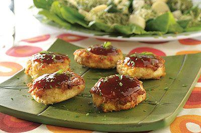 La salsa BBQ le da un sabor especial al pollo y si éste está empanizado, no te imaginas el agradable y conquistador sazón que le da.