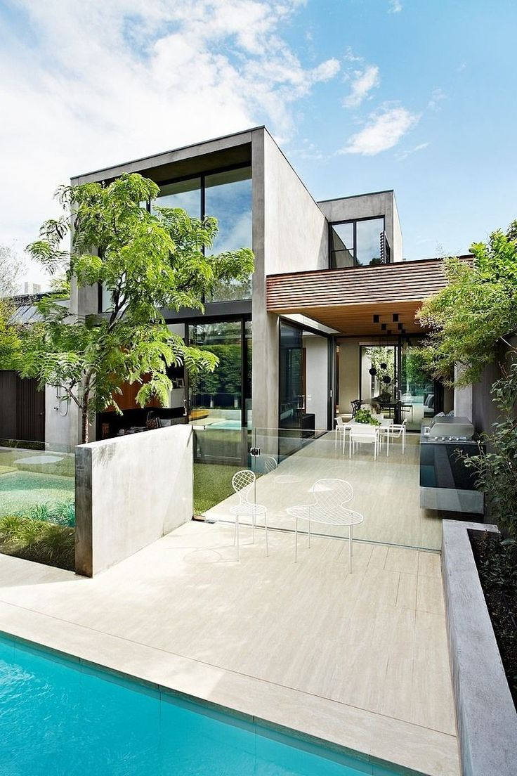 David Watson #Architect recently finished this #modern two-storey residence situated in South Yarra, Australia.