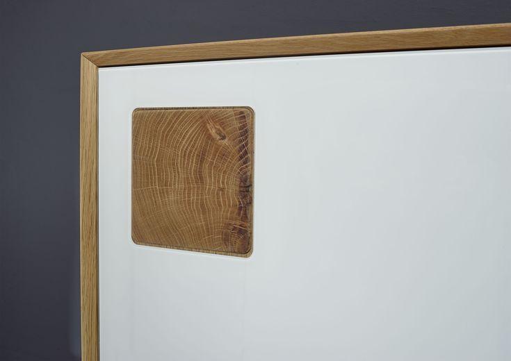 Das Hirnholz Unserer Serie Munchen Besteht Aus Wildeiche Mobel Wohnzimmer Echtholz Mobel Eiche Und Haus Interieurs