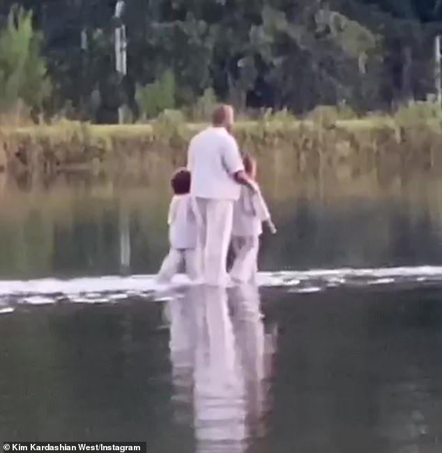 Kanye West Walks On Water With His Children During Sunday Service In Atlanta Featuring Joel Osteen In 2020 New Gossip Joel Osteen Pastor Joel