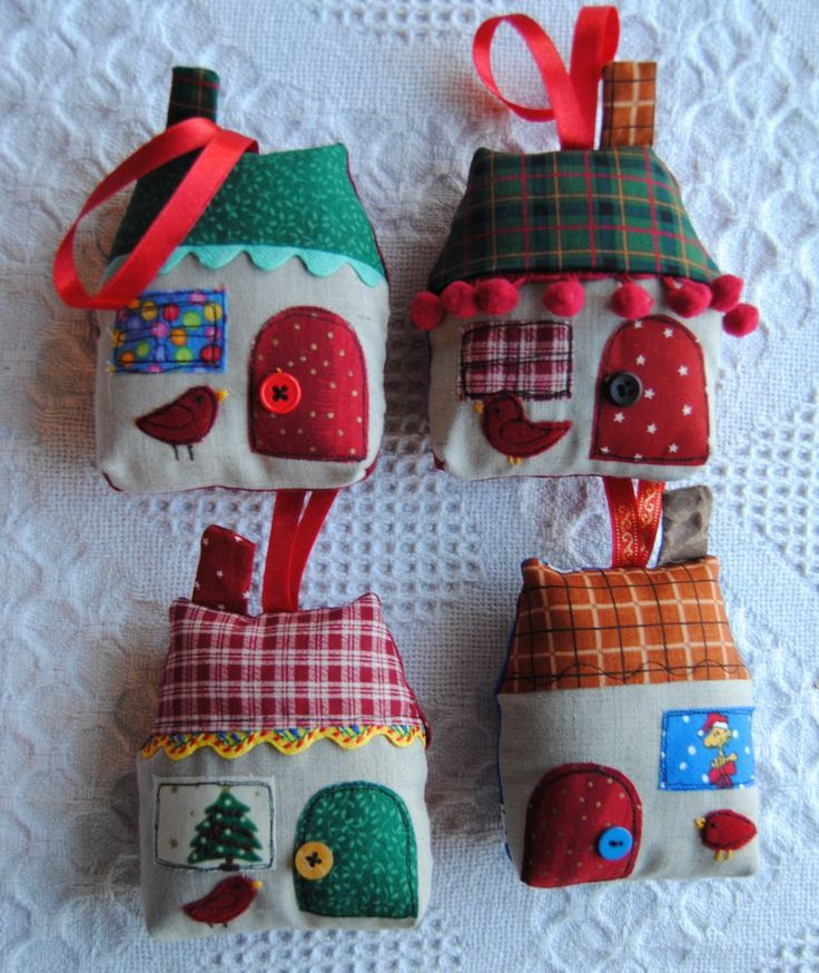 Best 28 christmas fabric crafts to make 25 best for Fabric crafts to make