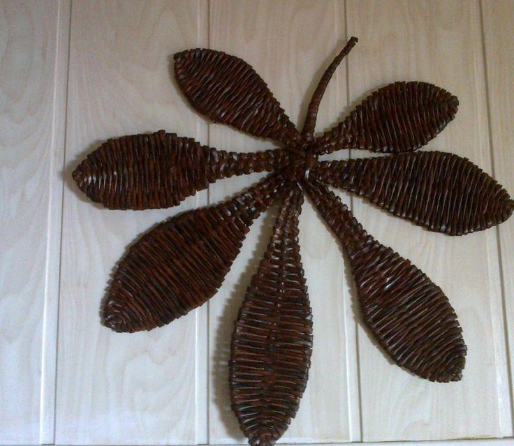 liść z wikliny papierowej