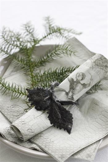 Napkin Ring autumn leaves