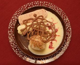 Das perfekte Kartoffel-Quarkknödel mit Pralinenkern an Pflaumen- und Feigeneis (Jessica Wahls)-Rezept mit einfacher Schritt-für-Schritt-Anleitung:…