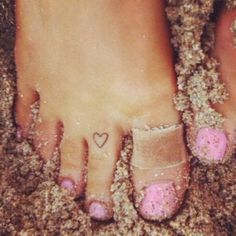... Toe Tattoos on Pinterest | Tattoo Peeling Tattoos and Ring Tattoos