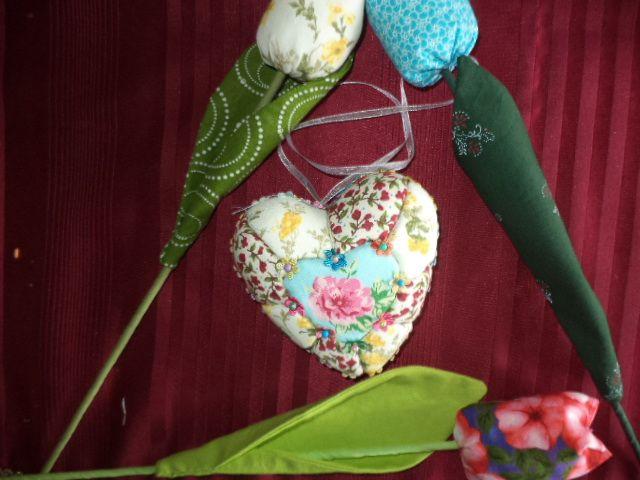 heart & tulips