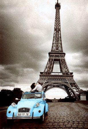 paris  blue car