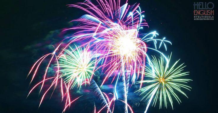 Minden kedves tanulónknak Sikerekben Gazdag Új Évet kívánunk.