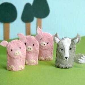 three little pigs finger puppets