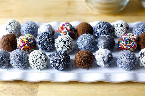 Fudge Bourbon Balls -- this looks like a tasty recipe for ...