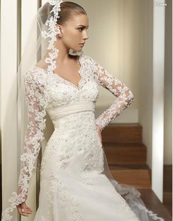 Свадебное платье с коротким рукавом фото