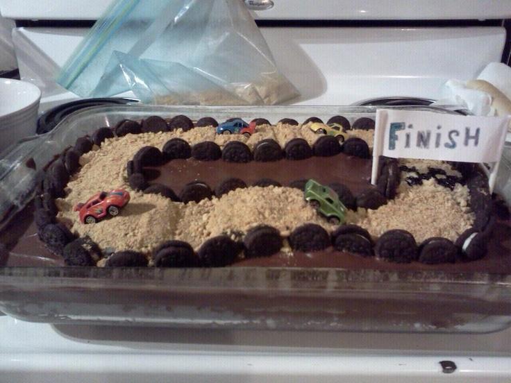race track cake | Birthday's | Pinterest | Aniversarios y ...