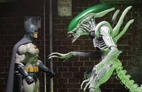 Resultat d'imatges de batman vs alien joker