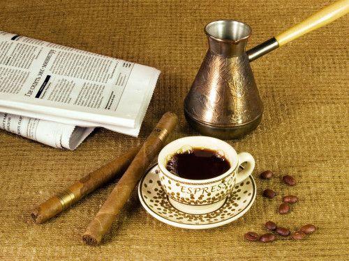 Toda la tradición del mejor café turco, con su correcta preparación RECETA #Café #CaféTurco http://www.amantesdelcafe.org/tipos/como-se-prepara-cafe-turco.html