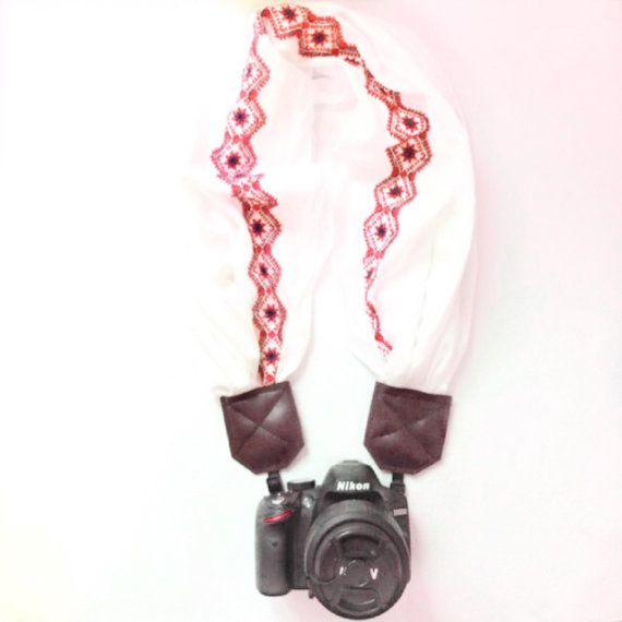 Do you love being original, hip, while at the same time FASHIONABLE while photographing? GET THIS PERFECT Boho Fresh White Embroidered Scarf Camera Strap