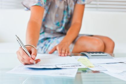 How to Pay Down Student Loans the Easy Way- Something to keep in mind for the future