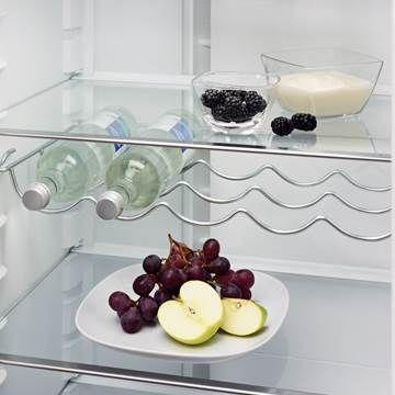 Vinflaske-hylle i Electrolux-kombiskap