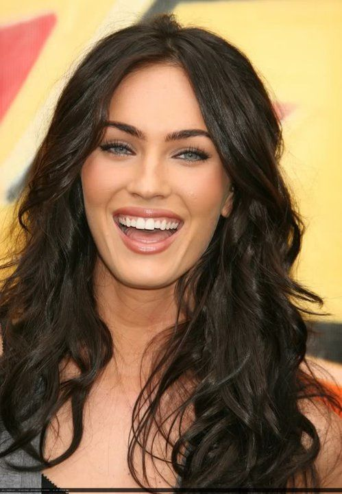 1000 ideas about megan fox hair on pinterest megan fox hair color megan fox makeup and hair. Black Bedroom Furniture Sets. Home Design Ideas